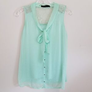 The Limited Women's Mint Green Sleeveless Blouse